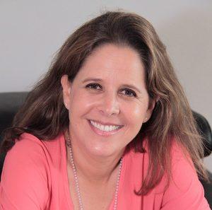 Claudia Aronowitz